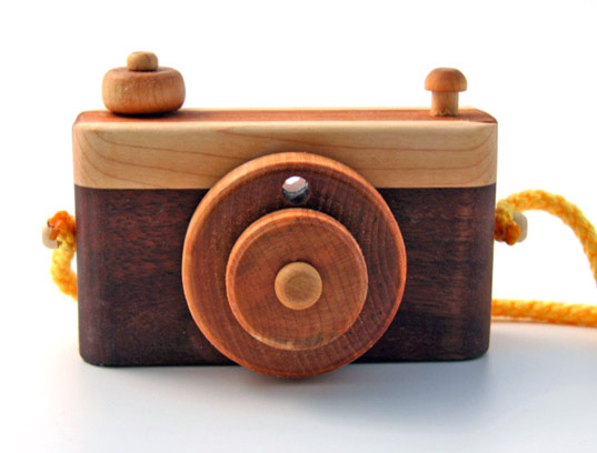 wood play camera for kids